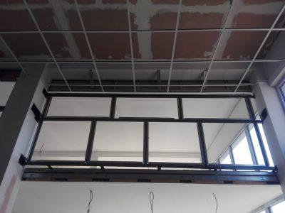 Montáž ocelové pomocné konstrukce - zástěny